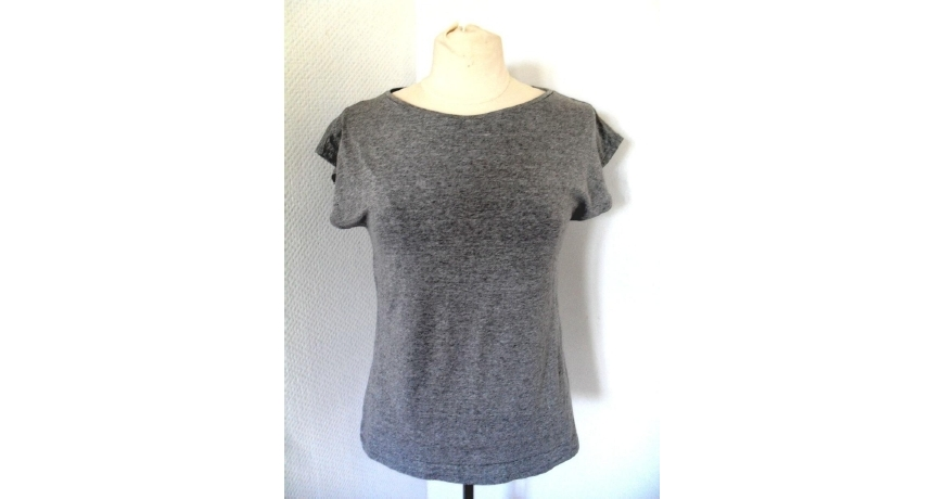 Free T-shirt pattern woman