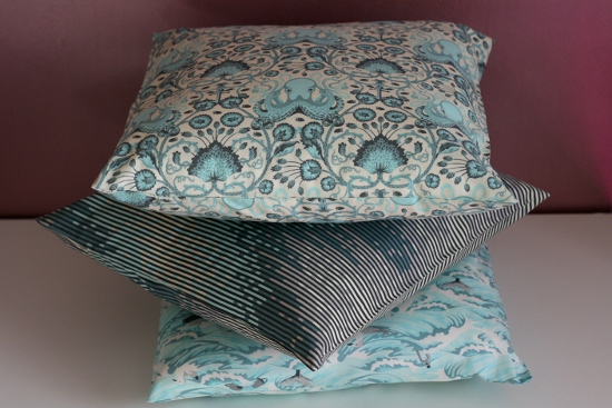 Easy breezy pillowcase tutorial couturestuff - Coussin tapissier 60x60 ...