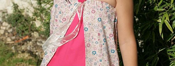 Flowery strapless girl dress